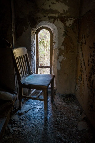 Loved the light on this abandoned chair.